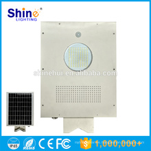 Diseño moderno solar integrado al aire libre todo en una luz solar de la calzada
