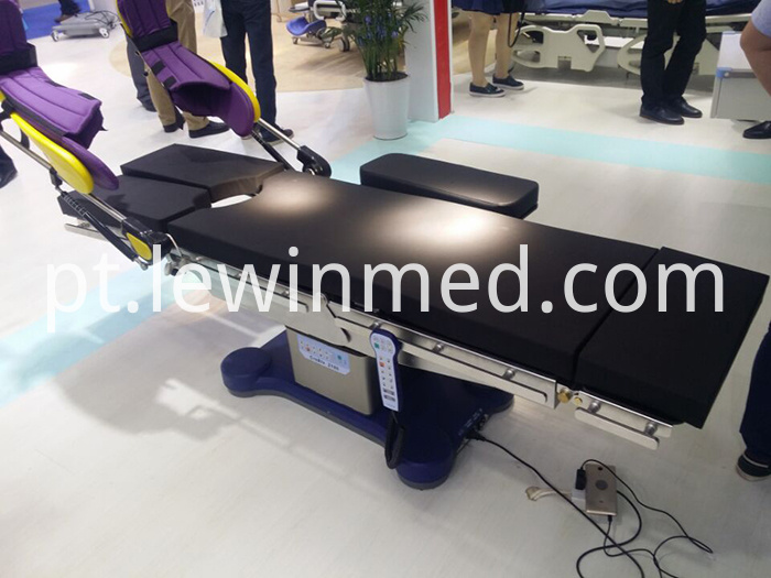 CreBle 2100 operating table