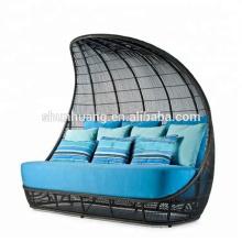 Modern poolside sun bed hand-woven rattan sun lounge chair outdoor