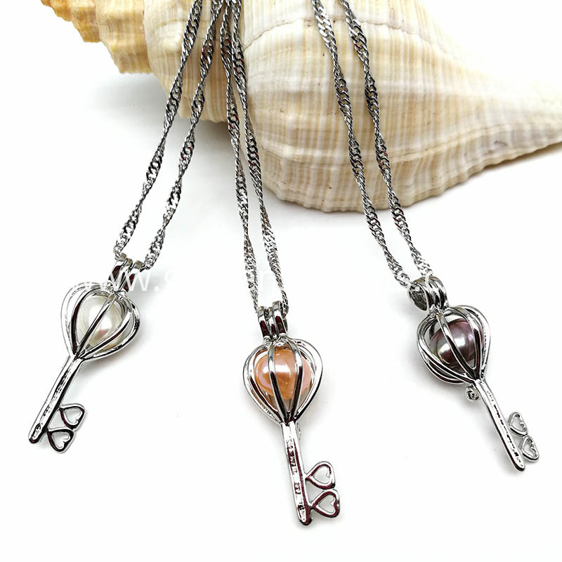 Key Pearl Beads Locket Pendant Necklace