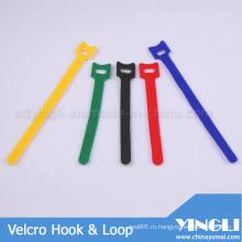 Т-образную форму крюка и петли ленты разной длины
