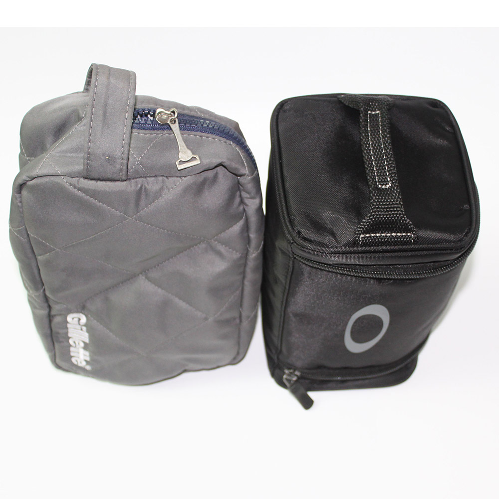 Goggle carrying bag
