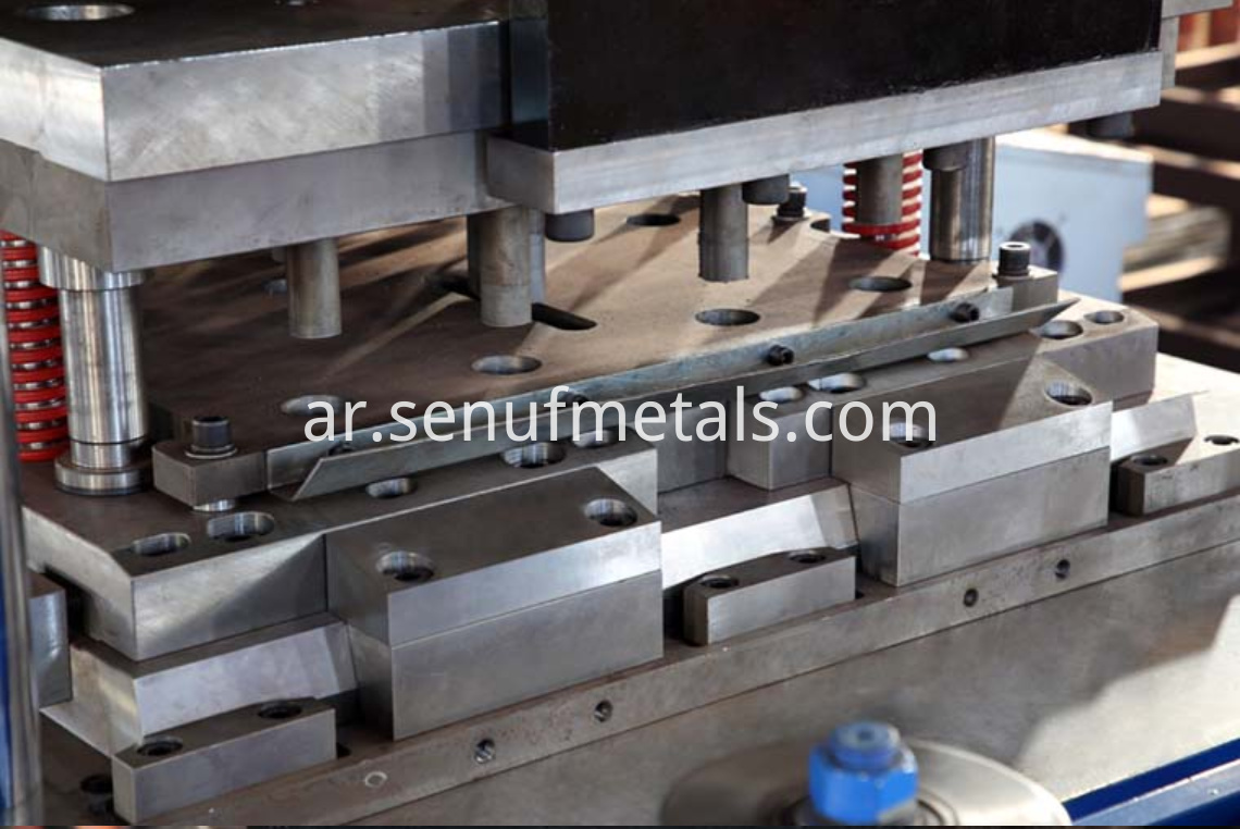 highway guardrail forming machine punching press (3)