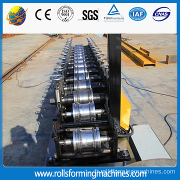 Roll obturateur porte lamelle formant la Machine