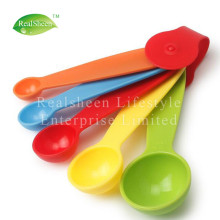 Ensemble de 5 cuillères à mesurer en plastique coloré