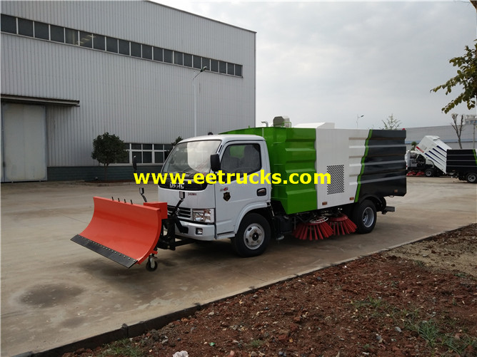 Airport Runway Sweeping Vehicle