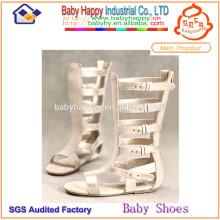 Chaussures de sandales à gladiateur blanches mélangées MOQ 300