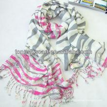 o lenço elegante feito na china