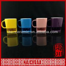 Keramische Kaffeetasse mit Kekshalter, Kaffee und Plätzchenbecher