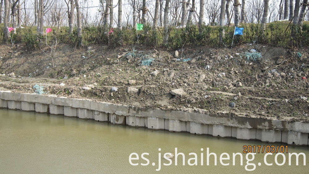 Sheet pile for river bank