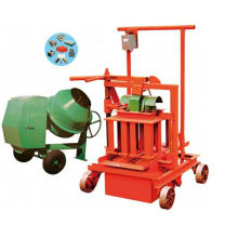 2014 Hot Sale in India Qm40A Egg Laying Mobile Block Making Machine