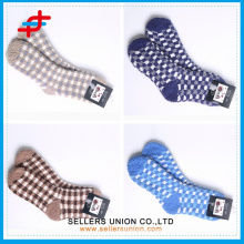 Men's microfiber fashion footwear socks/ mid calf men winter half cashmere socks