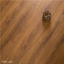 suelo laminado del grano de madera del color de la nuez 12m m