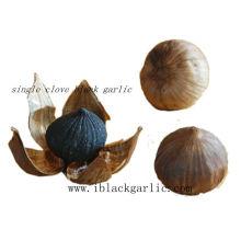 Здоровая естественная еда Трава пожилая одиночная гвоздика Чёрный чеснок