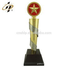 Trophées en métal doré des sports de football de coupe du monde en alliage sur mesure