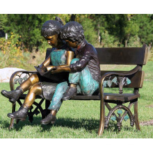 jardim ao ar livre decoração crianças de metal sentado escultura de banco de bronze