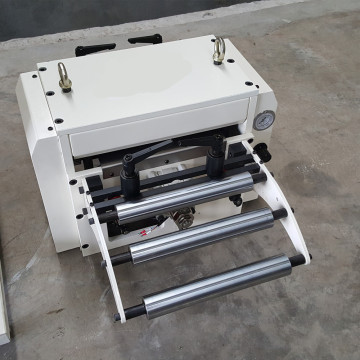 Foaie de metal NC Servo Auto Roll Roll Feeds