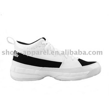 2012 plus récent Style Basketball Chaussures Sneakers