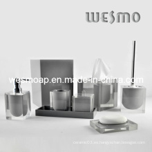 Accesorios de baño de gama alta en gris