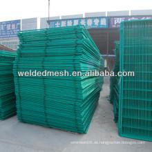 Gute Qualität PVC beschichtetes verzinktes Zaunnetz / 3 D Zaun (SGS Zertifikat & ISO9001)