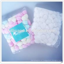 Bola de algodão colorido absorvente cirúrgico