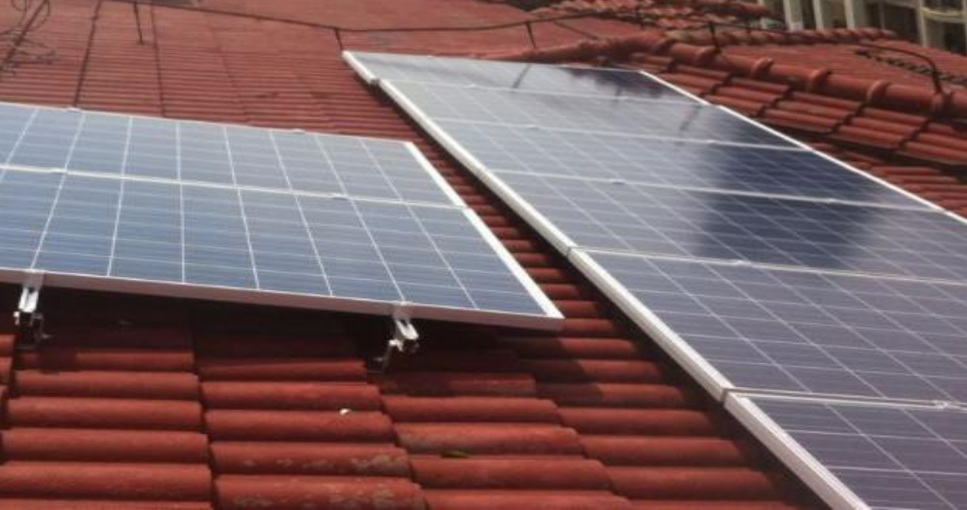 Solar Panel Tile Roof Mount System project