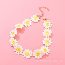 Custom Fashion Small Fresh Daisy Flower Necklace Fashion All-match Temperament Girl Jewelry Pendant