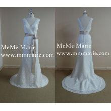 Elegantes Porträt V-Ausschnitt offenes Brautkleid Abendkleid mit Schärpe BYB-14535
