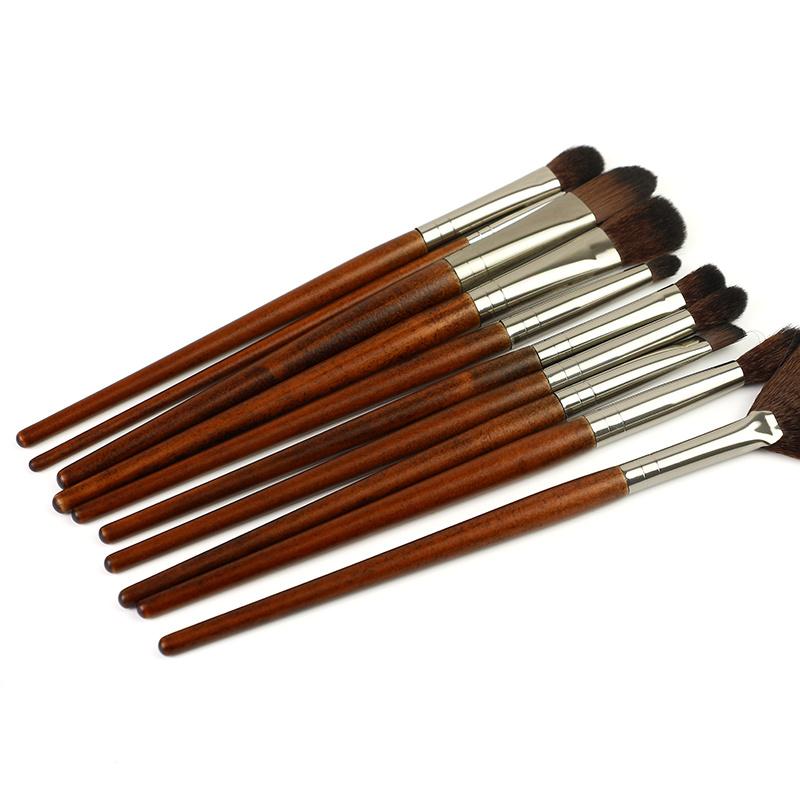 wood handle cosmetic brush set