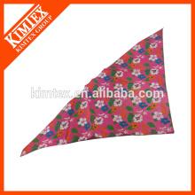 Симпатичный треугольник дизайн банданы, печать логотипа собака бандана