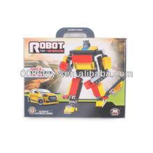 Robot rojo de los bloques huecos del rojo y del amarillo y del negro