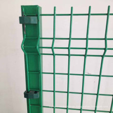 2X4 inch galvanized v folds protective welded wire mesh fence