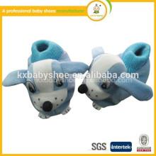 2015 nouveau style fait à la main adorable animal de peluche en coton-rembourré bon marché newborn baby shoes hiver