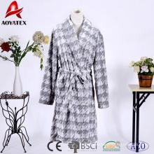 Customized fleece shawl collar embossed flannel fleece short bathrobe