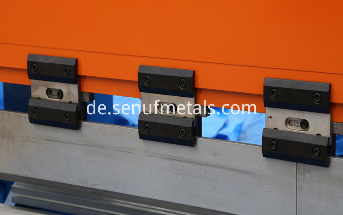 cnc metal press brake bending machine (4)