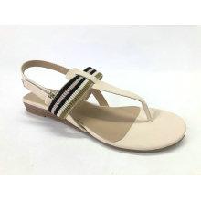 Sandálias de cunha baixa para senhora