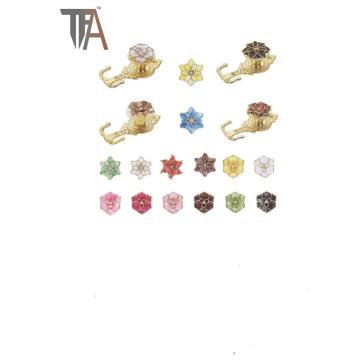 Красивый дизайн для крючка с цветочным занавесом