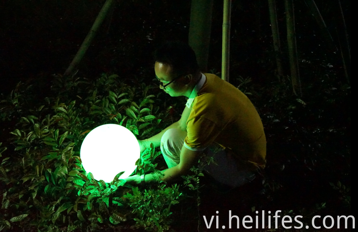 Romantic Solar Waterproofing Landscape LED Lamp