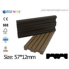 Tablón compuesto plástico de madera de WPC de 57 * 13m m nuevo