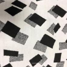 Популярное трикотажное полотно, окрашенное жаккардовой пряжей