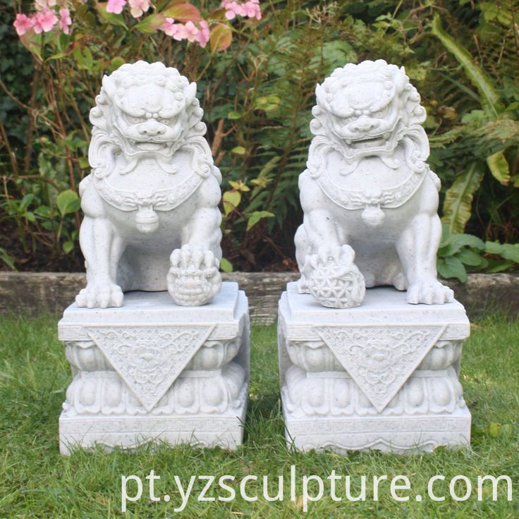 Chinese Marble Foo Dog Statue