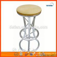 chaises de bar légères et délicates en aluminium