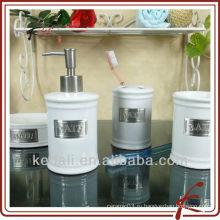 Фарфоровые аксессуары для ванной
