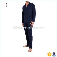 Seidenpyjamas der altmodischen Männer der Männer der Art und Weisegewohnheitspyjamas