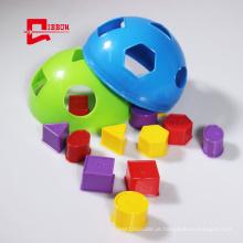 Caixa de classificação de criança com blocos de empilhamento