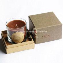Bougies en verre parfumées dans une boîte-cadeau de luxe