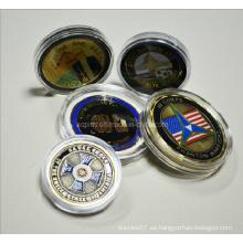 Caja de moneda acrílica de diferentes tamaños con monedas