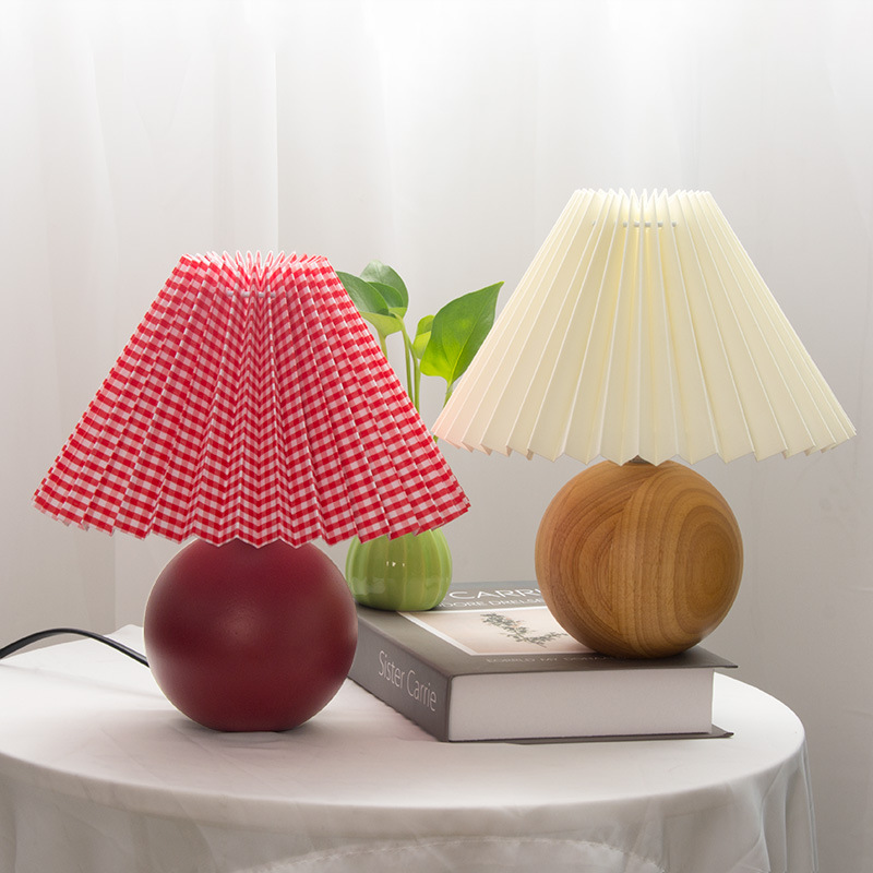2Applicantion Black Table Lamp