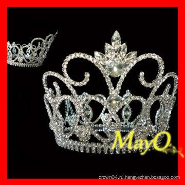 Сияющая крупная бриллиантовая корона тиары