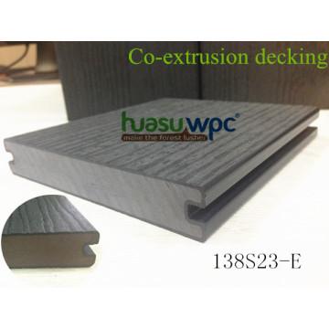 Tablones de suelo con resistencia al impacto Co-Extrusion Suelo de madera contrachapada para pavimentación al aire libre